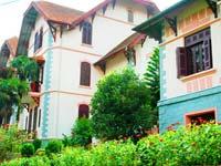 Khách sạn Hàm Rồng Sapa