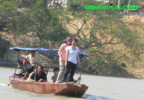Cao Son Market - Boat Trip On Chay River - Sapa Tours